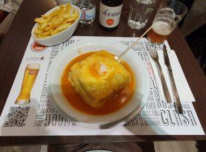 Francesinha. Portugali söök. Sandberg Reisid